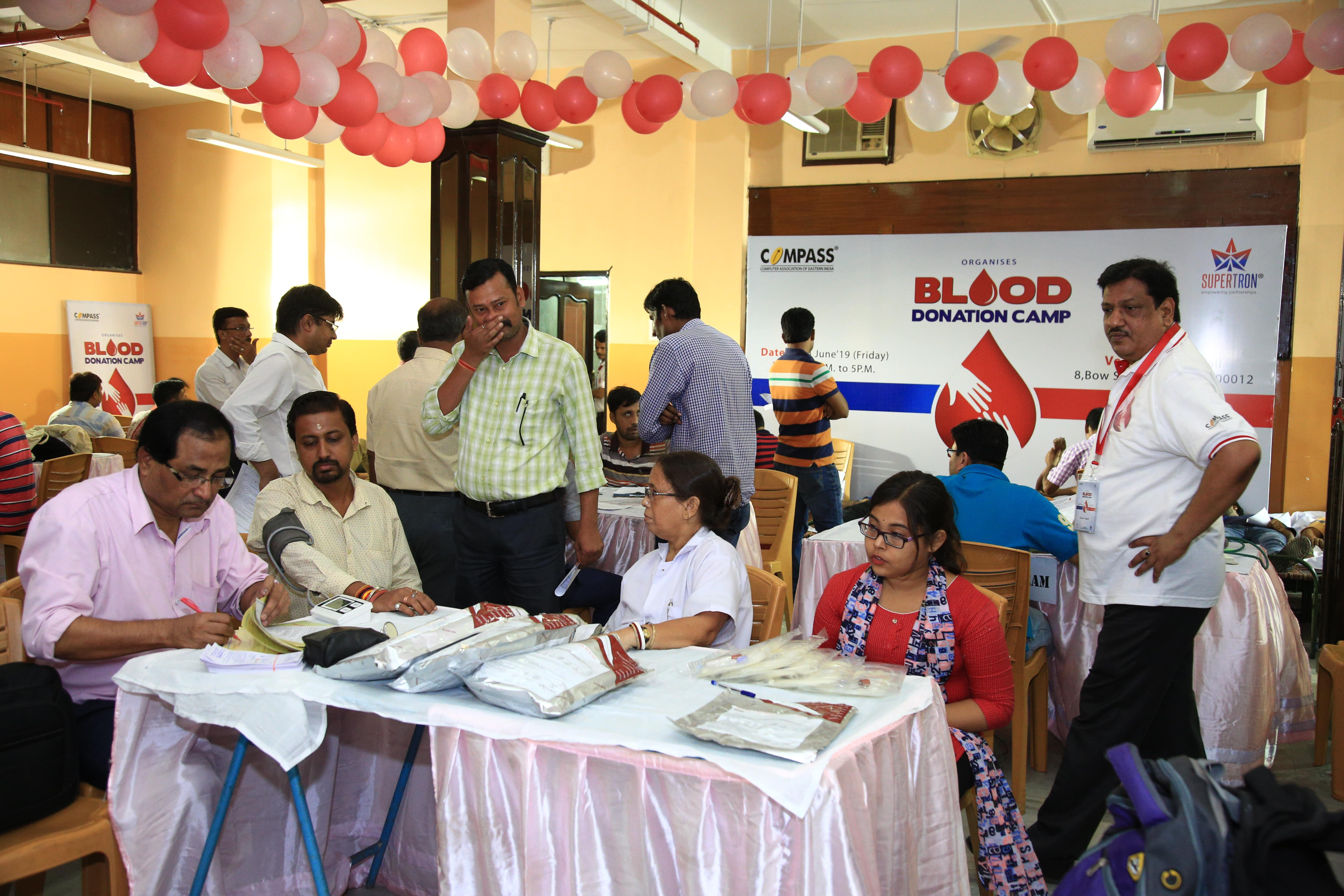 https://www.supertronindia.com/wp-content/uploads/2019/06/Blood-Donation-Camp-9-min.jpg